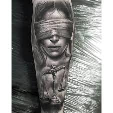 Bildergebnis für lady justice tattoo design