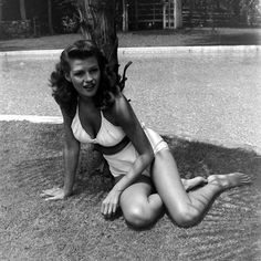 Rita Hayworth photographed at home, 1945.