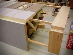 8 best outfeed table images bricolage table saw tools rh pinterest com