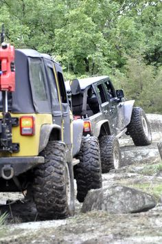 Jeep: Because you were born to be a rockstar! ______________________________________________________ #Axleboy #offroad #jeepshop #missouri #ofallon #stlouis #stl #jeep #wrangler #lifted #rockstar #jku #kcco #4x4 #4wd #jeeplife #jeepbeef #jeepthing #olllllllo