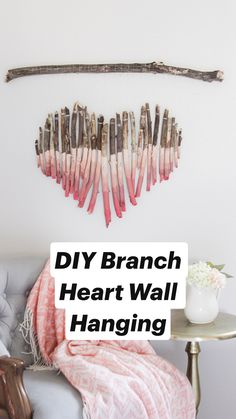 Diy Crafts For Home Decor, Diy Arts And Crafts, Home Craft Ideas, Wall Decor Crafts, Easy Diy Crafts, Room Decor, Wall Hanging Designs, Macrame Wall Hanging Diy, Hand Print Ornament