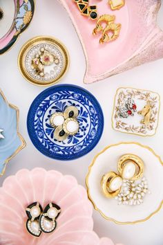 Ceramic Vintage dishes for statement earring displays
