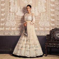Ditch the traditional red and go for some elegant white bridal lehenga this wedding season! Pakistani Bridal Lehenga, Bridal Dupatta, Lengha Choli, Sharara, Sarees, Indian Wedding Outfits, Bridal Outfits, Indian Outfits, Indian Clothes