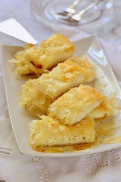 Túrós rétes Snack Recipes, Snacks, Chips, Bao, Foods, Kuchen, Snack Mix Recipes, Food Food, Appetizer Recipes