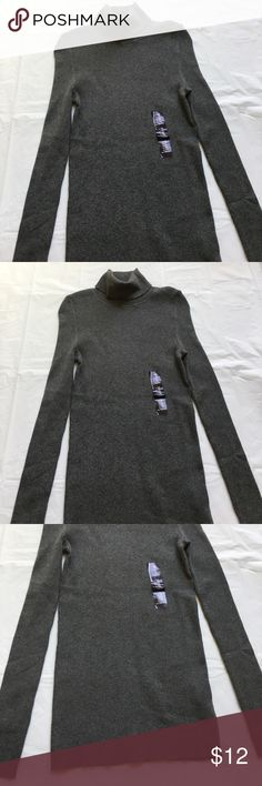 BRAND NEW GAP Gray Ribbed Turtleneck Sweater XS Brand new with attached tags. Soft and stretchy. Retail $39.99. Price is firm. GAP Sweaters Cowl & Turtlenecks