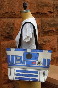 Large Printed Star Wars R2D2 Handbag with Silver Studded Hardware and Snap Closure / #starwars