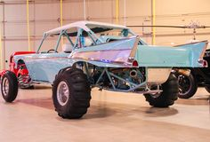 This is a nice build. In a sea full of sand rails that pretty much all built the same and only differ by their paint job. The Creator and Builder if they are not the same person designed and built a unique bad ass sand rail ! Sand Rail, Trophy Truck, Sand Toys, Plymouth Fury, Chevrolet Bel Air, Buggy, Go Kart, Sport Cars, Motor Car