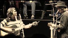 Слушать Norah Jones With Neil Young Down By The River Mountain View Ca 25 October 2014 онлайн в хорошем качестве 320 Music Mix, Music Love, Music Is Life, My Music, Guitar Classes, Eric Burdon, House Of The Rising Sun, Americana Music, Norah Jones