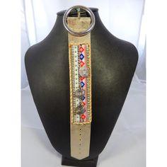 Bracelet ethnique -pièces.  Longueur: 23 cm.