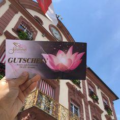 Wellness-Geschenk-Gutschein @ Salakanan Thai Massage & Spa Offenburg Thai Restaurant, Thai Massage, Wellness Massage, Gift Cards, Holiday