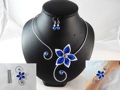 """""""Vic"""" - Parure 4 pièces fleur blanche et bleu roi - personnalisable : Parure par creation-ninie"""