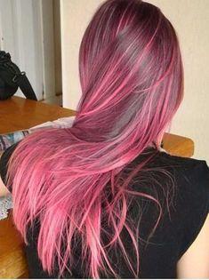 iluminado rosa pastel Vivid Hair Color, Hair Color Purple, Hair Dye Colors, Cool Hair Color, Dip Dye Hair, Dye My Hair, Dark Ombre Hair, Dark Pink Hair, Short Grunge Hair