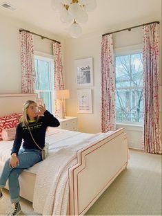 Room Ideas Bedroom, Home Bedroom, Bedroom Decor, Bedrooms, Bedroom Inspo, Bedroom Inspiration, Dream Rooms, Dream Bedroom, Preppy Bedroom