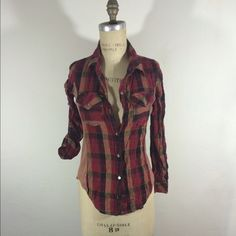 """Button front plaid cotton blend long sleeve Sz s Top can be worn as long sleeve or folded with epaulets for 3/4 Slv. 2x2 heathered rib on side panels.  Body length24"""", bust 33"""", sleeve length 23"""". Really cute. Tops Button Down Shirts"""