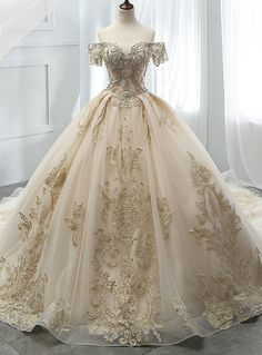 Champagne Ball Gown Tulle Off The Shoulder Appliques Wedding Dress Champagner Ballkleid Tüll aus der Schulter Appliques Brautkleid Quince Dresses, Ball Dresses, Bridal Dresses, Prom Dresses, Champagne Quinceanera Dresses, Dresses For Balls, Evening Dresses, Bridesmaid Dresses, Midi Dresses
