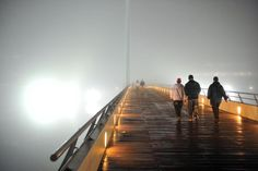 La densa niebla persiste en Buenos Aires. Foto: Télam