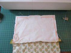 DIY Couture : apprenez à coudre une pochette avec une fermeture éclair Diy Couture, Easy Sewing Projects, Coupons, Women, Fabric Purses, Tutorial Sewing, Coupon, Woman