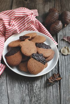 biscotti con farina di castagne e caffè