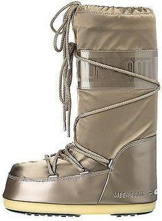 Pin for Later: 18 Winterstiefel und Moon Boots, mit denen ihr keine kalten Füße bekommt  Moon Boot Winterstiefel in Farbe Champagne (140 €)