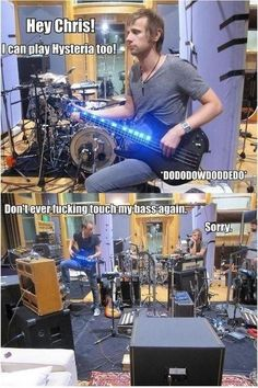 I can play too #DominicHoward #ChrisWolstenholme