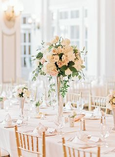 Romantic elegant table centrepiece - Kristi + Pete - Southern Weddings