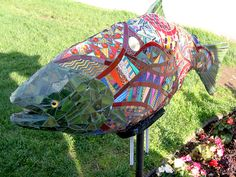 mosaic garden sculptures | Mosaic Art Source. Fish