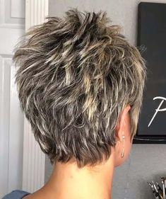 Short Thin Hair, Short Grey Hair, Short Hair Older Women, Older Women Hairstyles, Short Hair Over 50, Hair Cuts For Over 50, Fine Hairstyles, Celebrity Hairstyles, Short Stacked Hairstyles