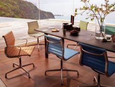 Vitra - Eames Aluminium Group - Chairs EA101, EA103, EA104