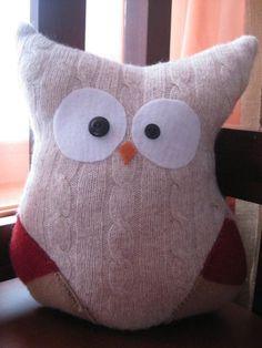 Stuffed Owl by thelittlegreenbean Owl Life, Stuffed Owl, Arts And Crafts, Diy Crafts, Cute Owl, Owls, Sewing Ideas, Diy Ideas, Recycling