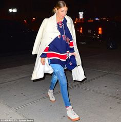 Sports fanatic  After the double dinner date Gigi pulled on a New York Rangers  jersey 0bd8d62a3