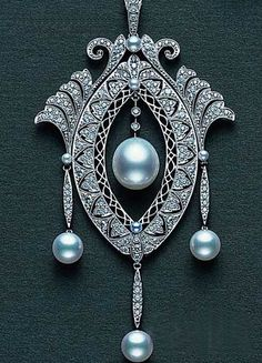 Art Deco Diamond And Pearl Pendant  Aaahh! They JUST don't make jewelry this beautiful anymore.