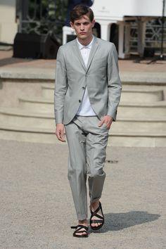 Corneliani Spring 2015 Menswear #ALFAIATARIAS #FocusTextil