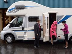 Southdowns | Motorhome News | Her Majesty The Queen Visit Bailey of Bristol