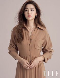 Wow, Jeon Ji Hyun looks STUNNING in the October pages of Elle, check it out! And she had her second child in January? Korean Actresses, Asian Actors, Korean Actors, Korean Beauty, Asian Beauty, Korean Celebrities, Celebs, Jun Ji Hyun Fashion, Sassy Girl