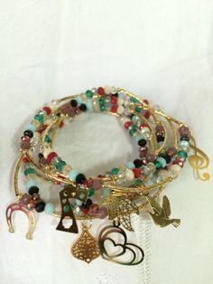 Semanario Sencillo en cristal de 4 mm de colores y chapa de oro de 14k  Facebook: Ahtziri, bisutería fina.