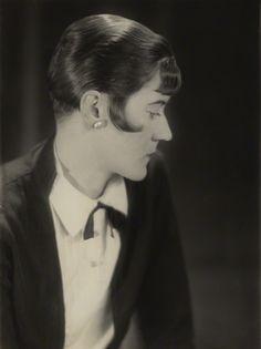 Doris Margaret ('Dod') Procter (née Shaw) by Bertram Park bromide print, 1927 8 1/8 in. x 6 1/8 in. (207 mm x 154 mm)