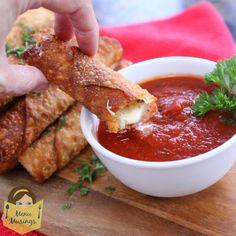Menu Musings of a Modern American Mom: Happy Hour Pizza Rolls