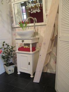 Landhaus Kleiner Waschtisch Shabby Chic Blossom White (5)