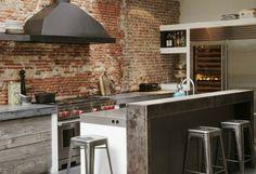 #reforma #cocina de estilo industrial, muebles de obra con puertas de madera…