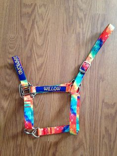 I wonder if you can find Galaxy print halters. Barrel Racing Saddles, Barrel Racing Horses, Horse Halters, Horse Saddles, Horse Bridle, Horse Show Clothes, Horse Rescue, Western Riding, Horse Accessories