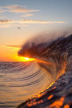 #AmazingShots #Surf #Sunset