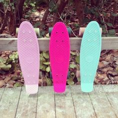 I need to learn to penny board! I can skateboard pretty good, Not sure if it's a similar feel though lol Board Skateboard, Penny Skateboard, Skates, Summer Fun, Summer Time, Summer Things, Summer Goals, Beach Volley, Tumblr Quality
