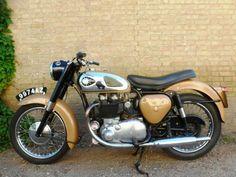1961 BSA Golden Flash