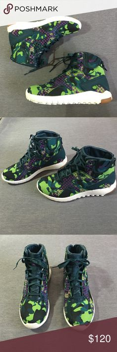 Nike shoes BRAND NEW... SOLD OUT... no box Nike Shoes Sneakers