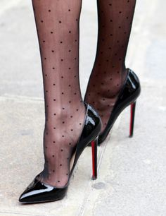 Shoes The stilettos: bad trial Internet Safety: Protecting Children In Cyberspace The Internet is li Sexy Legs And Heels, Black High Heels, High Heels Stilettos, High Heel Boots, Heeled Boots, Stiletto Heels, Red High, Pantyhose Heels, Stockings Heels