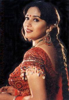 Bollywood Actress Hot Photos, Indian Bollywood Actress, Bollywood Girls, Beautiful Bollywood Actress, Most Beautiful Indian Actress, Bollywood Fashion, Indian Actresses, Beautiful Actresses, Sonakshi Sinha Saree