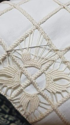 Image gallery – Page 435230751488635350 – Artofit Lesson one in crochet basic stitches and symbols for beginners – Artofit Hardanger Embroidery, Hand Embroidery Patterns, Ribbon Embroidery, Embroidery Stitches, Filet Crochet, Irish Crochet, Crochet Stitches, Lace Beadwork, Romanian Lace