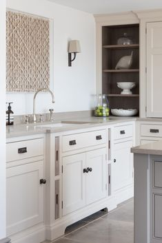 A cook's kitchen through and through, this modern country farmhouse kitchen was designed for relaxed entertaining on a large-scale for friends staying for the weekend, but also for everyday kitchen suppers with the family. Country Kitchen Farmhouse, Country Kitchen Designs, Modern Farmhouse Kitchens, Country Kitchens, East Sussex, Kitchen Fixtures, Plumbing Fixtures, New Kitchen, Kitchen Ideas