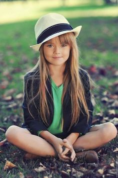 Cute outfit for a young girl...could totally see this on my j