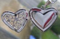 (0009) Silver Star design Filigree Heart Locket Pendant  FREE P&P with PAYPAL  www.nettysnicknacks.co.uk